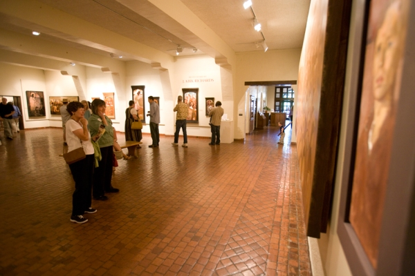 In 2009, the Springville Museum hosted a solo exhibition of my paintings.